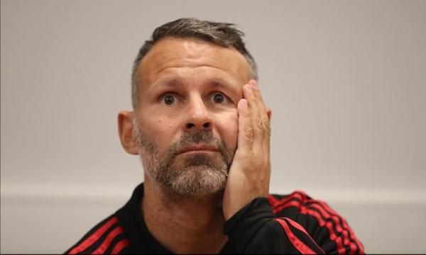 吉格斯:曼城利物浦是英超冠军最大热门,但不能小看蓝军