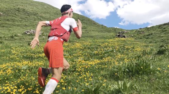 极限摄影师唐三石成功挑战UTMB,并以优异成绩完赛