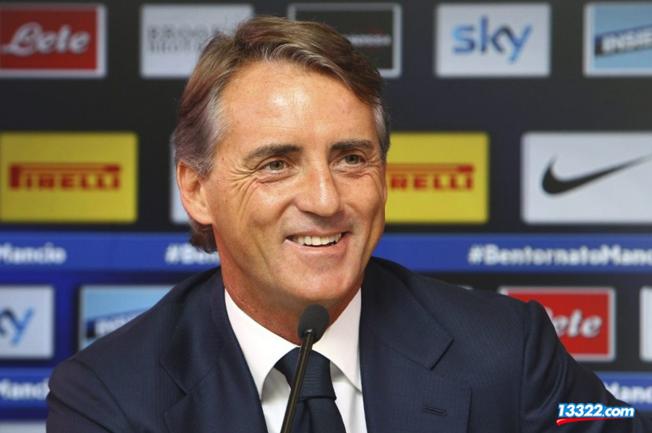 曼奇尼:意大利队传球失误太多,但下半场有进步