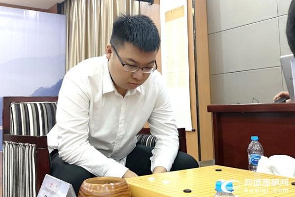 第17轮江苏厦门榜首两强大战 主将战芈昱廷VS柯洁