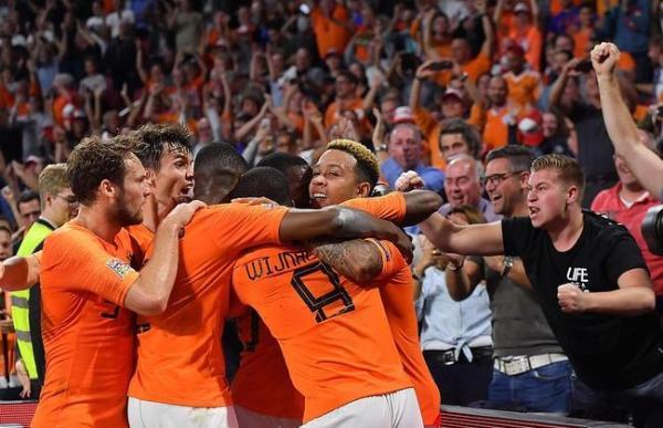 荷兰完胜德国破16年尴尬 黄金一代后郁金香再起航