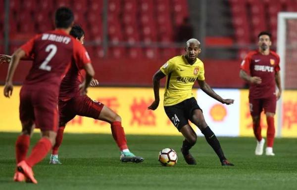 阿兰传射郜林于汉超破门,华夏幸福0-3恒大
