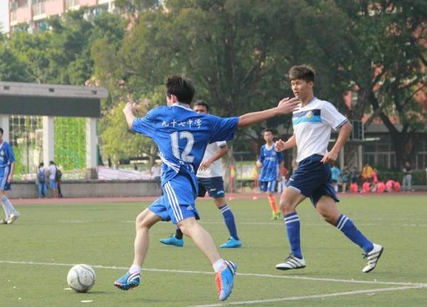 足球纳入广州中考,每周课时达1.8小时