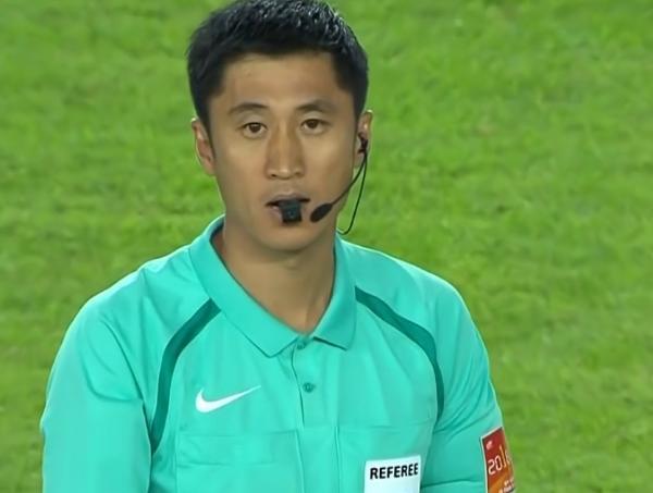 马宁、傅明、霍伟明、曹奕4名中国裁判将执法亚洲杯