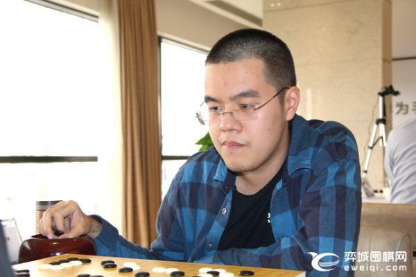 主将战申旻埈不敌谢科 深圳队主场1比3苏泊尔杭州