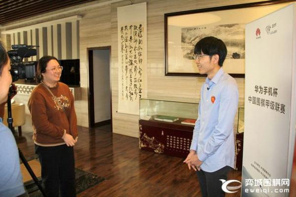 申真谞:对自己本赛季围甲表现满意 杭州景色很美