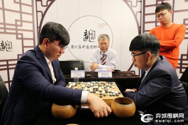 龙星战王昊洋五连胜进半决赛 赵晨宇完胜老将俞斌