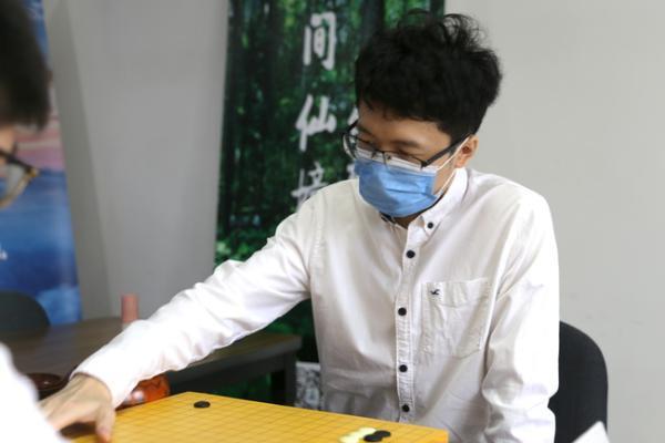 棋圣战本赛又一世冠落马 彭立尧胜杨鼎新晋级八强