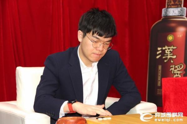 七冠王柯洁PK卫冕冠军申真谞 LG杯重头戏8日上演