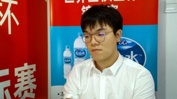 农心杯中韩主将终极大对决 柯洁执白对阵朴廷桓