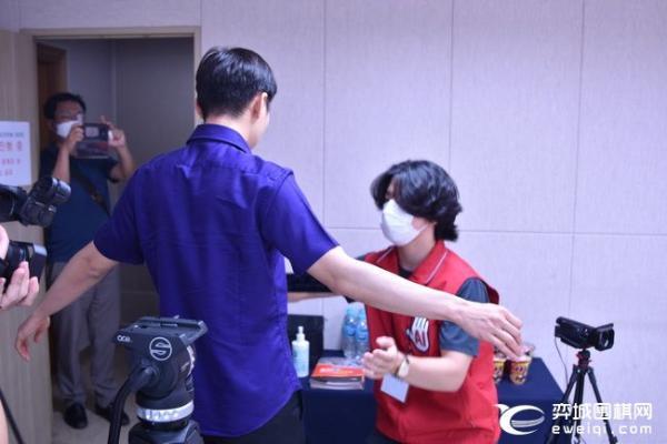 农心杯韩日主将战朴廷桓胜井山 19日芈昱廷上阵挑战