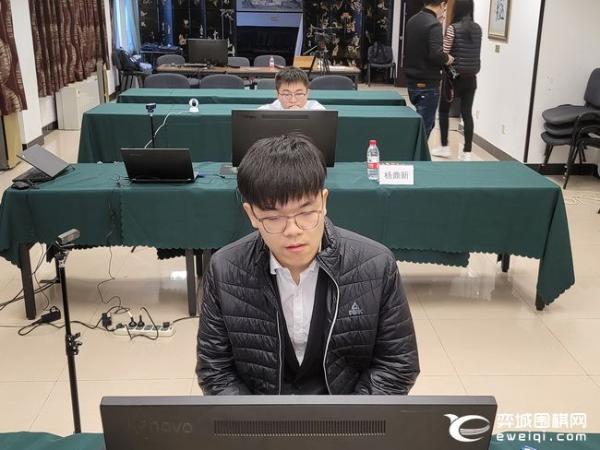 正直播LG杯八强战:柯洁VS元晟溱 杨鼎新VS朴廷桓