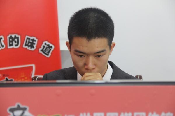 农心杯辜梓豪击败村川达成三连胜 21日申旻埈攻擂