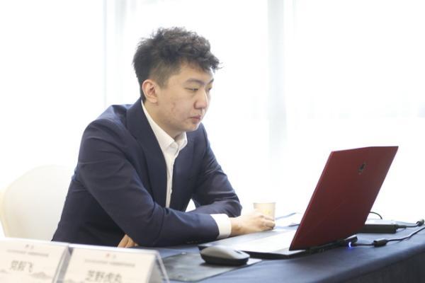 杨鼎新大破申真谞 朴廷桓完胜范廷钰成都仍排第一