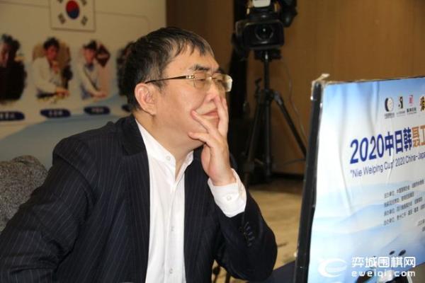 大师赛首轮聂卫平粘劫收后胜武宫 中国4比0胜日本