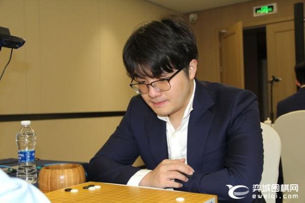 正直播围甲总决赛 党毅飞VS申真谞 连笑VS朴廷桓