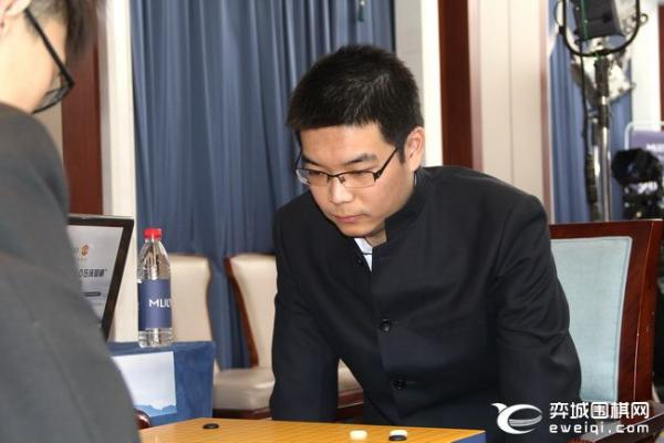 """梦百合杯芈昱廷卷土重来 """"00后""""谢科首进世界决赛"""