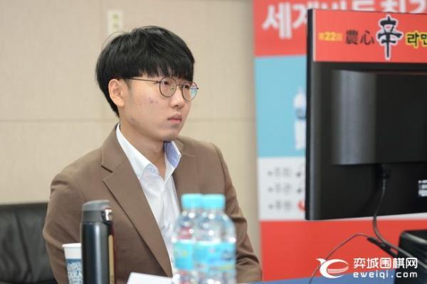 申振铎击败柯洁 连续五次为韩国赢得第13次农心杯