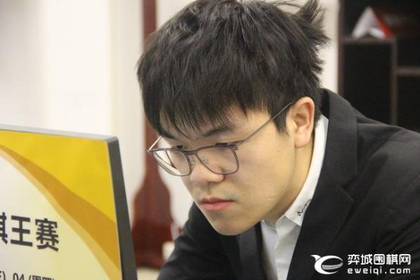 申旻埈:努力赢得更多冠军 柯洁:自己实力有不足
