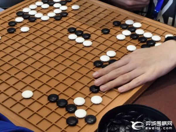 梦里老家杯特殊参赛者:用围棋寻找光明的徐光霖