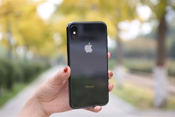 iPhone用户遇尴尬:运营商弹窗推荐换这款新机