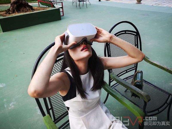 萌新玩VR:小米VR一体机 VS Pico G2