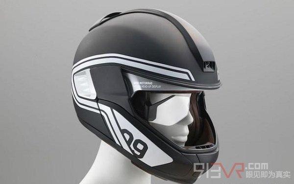 宝马AR摩托车头盔内置显示器展示车况和道路信息