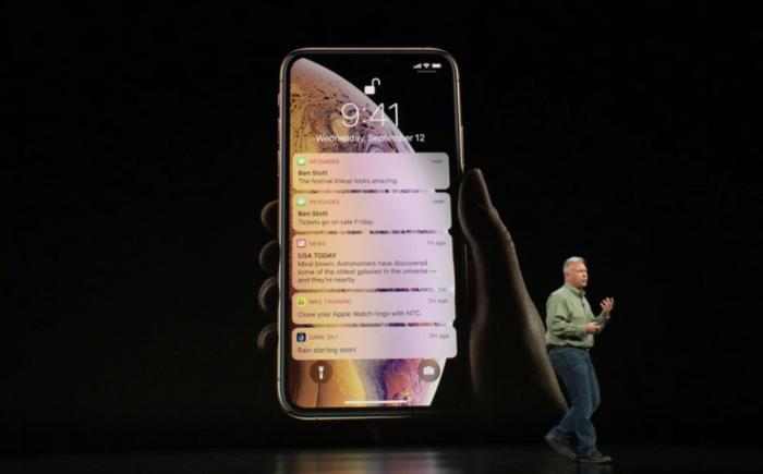 """苹果发布新款iPhone 命名""""iPhone XS"""""""