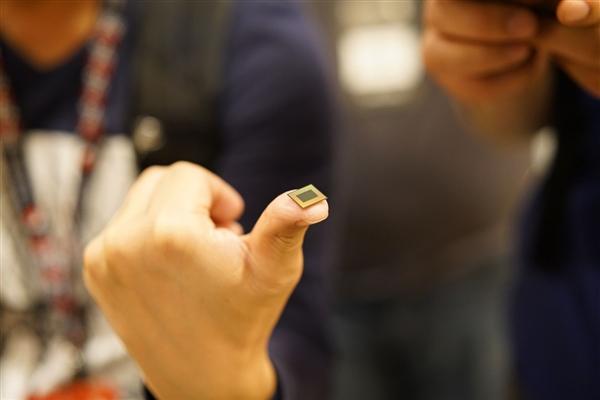 高通新旗舰芯片骁龙8150确认7nm:支持5G 第四季度量产