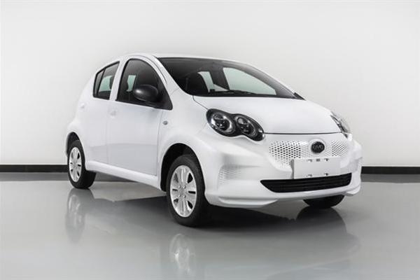比亚迪F0增纯电动版:最便宜的比亚迪电动车来了