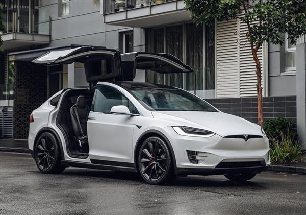 一个月不到 特斯拉再次降价:Model X跌破80万