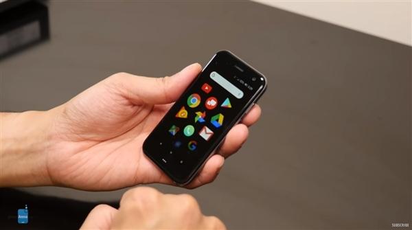 TCL Palm手机登录香港:3+32GB售价2988港元