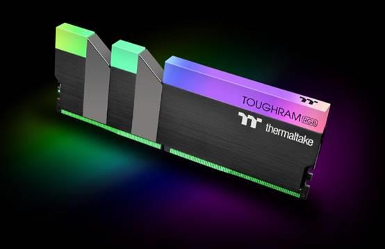语音就能控制RGB灯效!Tt发布 TOUGHRAM内存:频率3600MHz