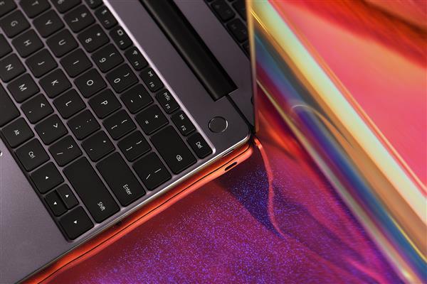 高性能MX250独显加持!华为MateBook 13升级上市:不加价
