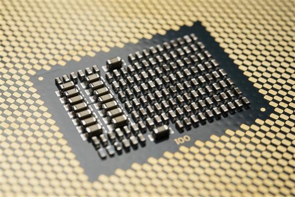 Intel并未寻求三星代工14nm处理器:合作仅限低端芯片组