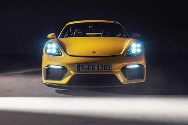 感受自吸的咆哮 保时捷发布全新718 Spyder...