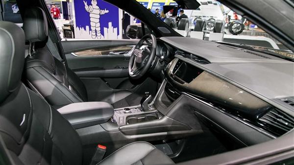 发动机四缸/两缸可变 国产凯迪拉克XT6于7月18日正式上市