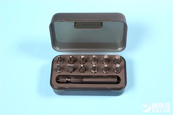 米家电动螺丝刀开箱图赏:无绳便携 12枚S2合金钢批头
