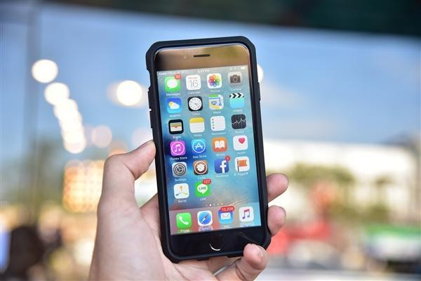 iPhone 6手机停产:首款苹果大屏机 5年狂卖...