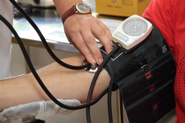 研究表明:更好的控制血压与更健康的大脑有关