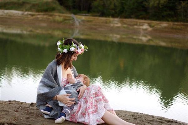 研究发现部分用于治疗眼疾的药物会进入母乳中:或影响婴儿发育
