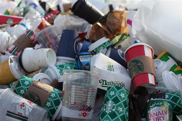 环保出狠招!英国公司出狠招禁塑料:使用一次性塑料将被解雇
