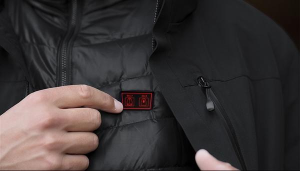 小米众筹上架三合一智能羽绒服:插充电宝1秒即热