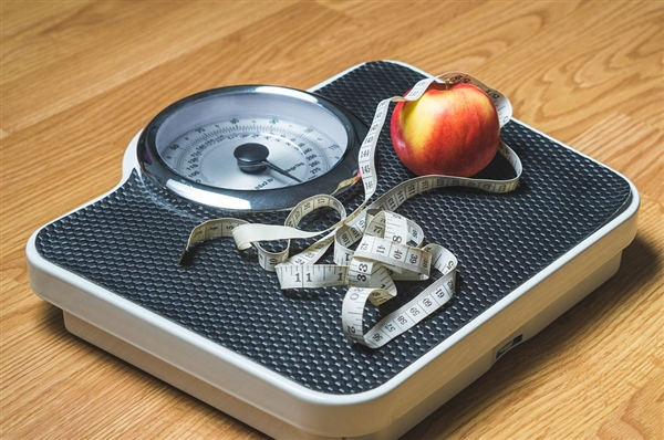 我国3成居民腰太粗:肥胖人数位居世界第一 增幅远超英美等肥胖大国