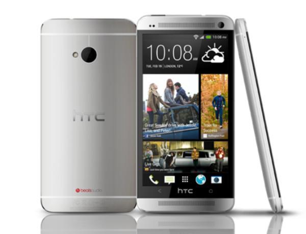 HTC高管灵魂发问:如果经典手机回归,你Pick哪一款?