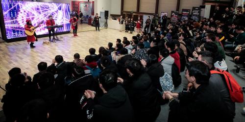 华硕WiFi6路由亮相ROG DAY粉丝嘉年华 成为游戏玩家最爱!