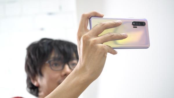 元春佳节想选手机做礼物?这一款千万不要错过!