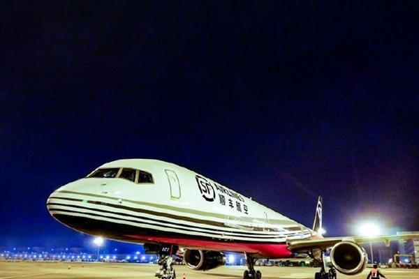 顺丰航空引进B757-200型全货机 机队扩充至5...