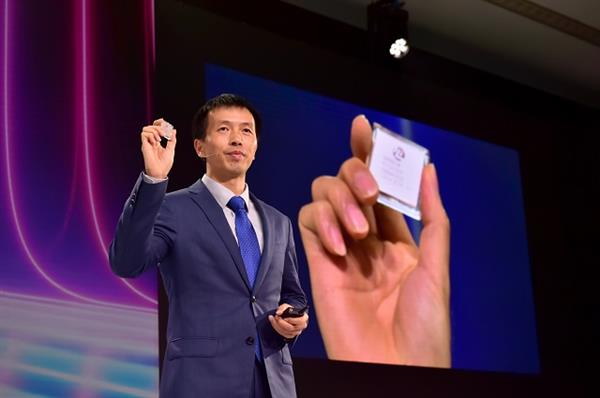 华为发布最佳5G网络:首发800G模块 5G功耗降低20%