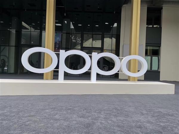 OPPO Find X2公布120Hz屏幕细节:独立芯片视频动态插帧